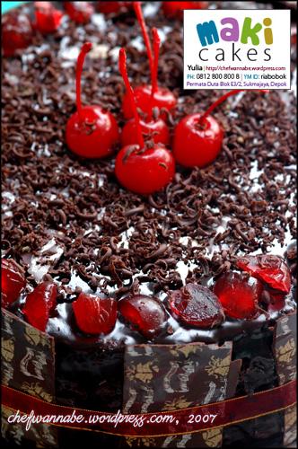 Chocolate Cake - Maki Cakes