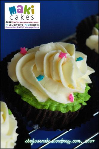 makicakes-cupcake-garden2.jpg