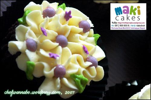 makicakes-cupcake-garden6.jpg