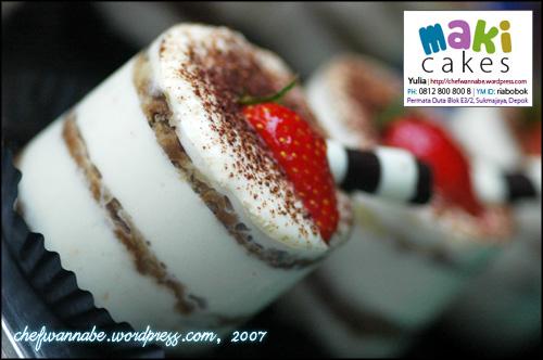 Tiramisu dalam Mika - Maki Cakes