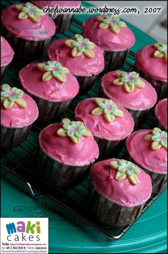 pinky-cupcake-3.jpg