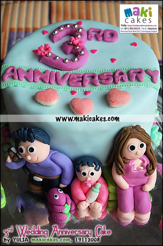 3rd-wedding-anniversary-cake-for-olivia-maki-cakes