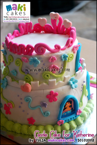 castle-cake-for-katherine_back-maki-cakes