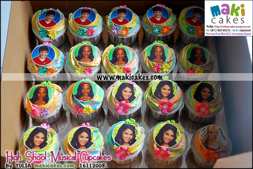 high-school-musical-cupcakes-for-matthew-maki-cakes