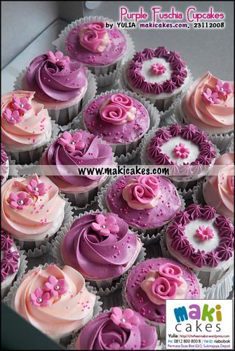 purple-fuschia-cupcakes-maki-cakes