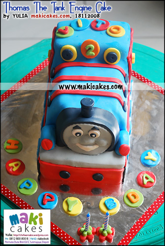 thomas-the-tank-engine-cake-for-vito-maki-cakes