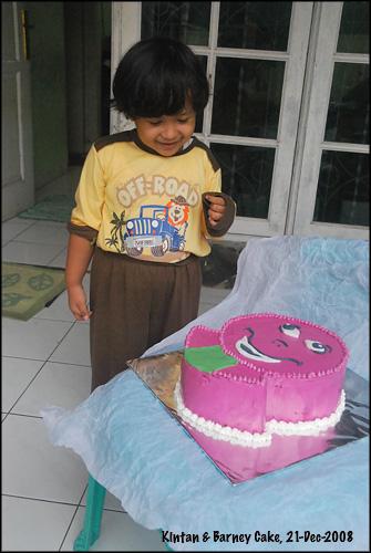 kintan-barney-cake-21-dec-08