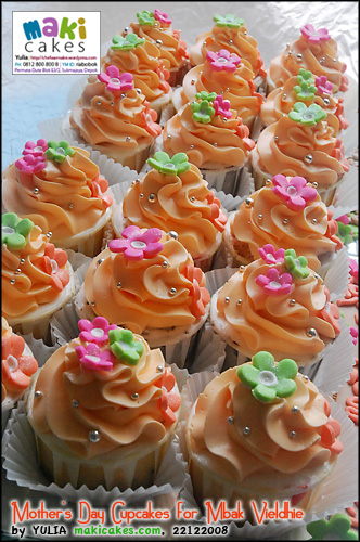 mothers-day-cupcakes-for-mbak-vieldhie_-maki-cakes