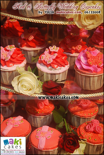 red-butterfly-wedding-cupcakes__-maki-cakes