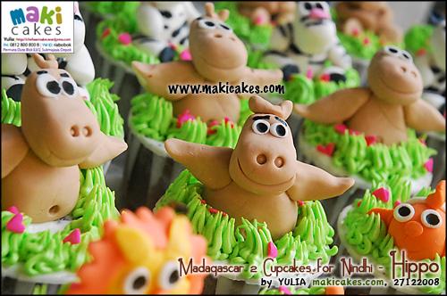 madagascar-2-cupcakes-for-nindhi_hippo-maki-cakes