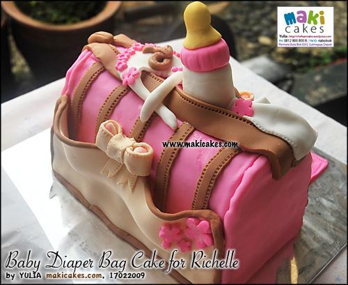 baby-diaper-bag-cake-dor-richelle_-maki-cakes