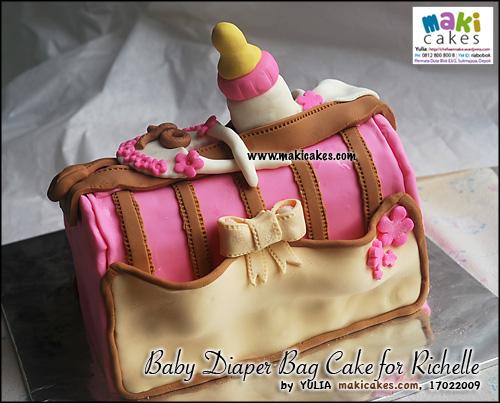 baby-diaper-bag-cake-dor-richelle___-maki-cakes