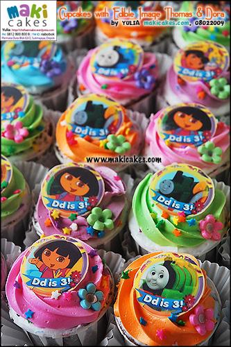 cupcakes-with-edible-image-thomas-dora-maki-cakes