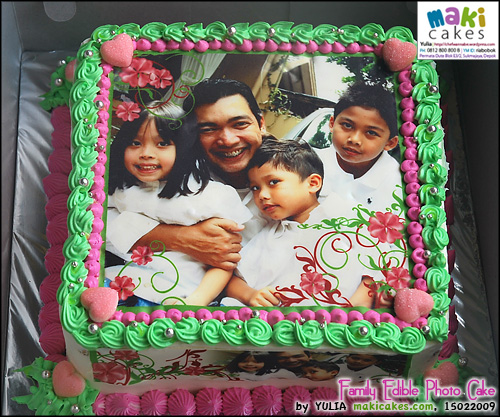 family-edible-photo-cake-maki-cakes