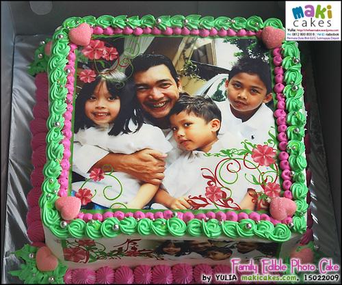 family-edible-photo-cake-maki-cakes
