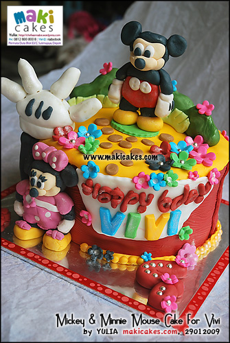 mickey-minnie-mouse-cake-for-vivi-maki-cakes