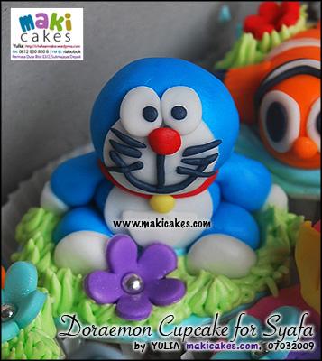 doraemon-cupcake-for-syafa-maki-cakes