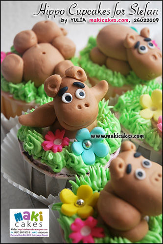 hippo-cupcakes-for-stefan__-maki-cakes