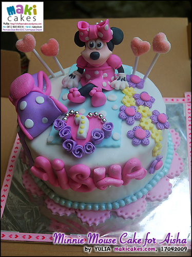 minnie-mouse-cake-for-aisha_-maki-cakes