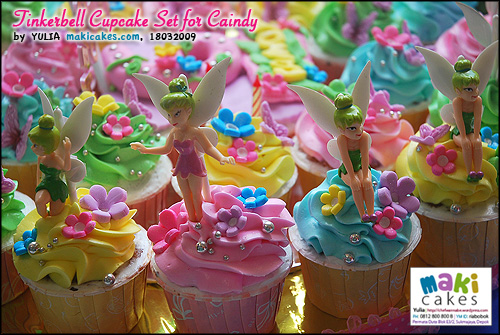 tinkerbell-cupcake-set-for-caindy-maki-cakes