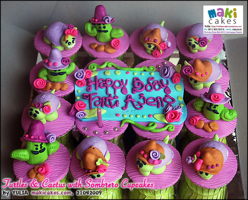 turtles-cactus-with-sombrero-cupcakes-maki-cakes