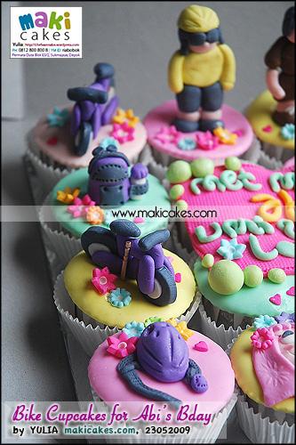 Bike Cupcakes for Abi Birthday - Maki Cakes