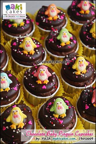 Chocolate Baby Pinguin Cupcakes - Maki Cakes
