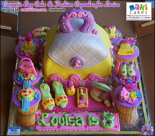 Cosmetic Bag Cake & Fashion Cupcakes for Louisa___ - Maki Cakes