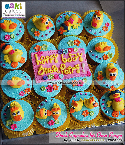 Duck Cupcakes for Oma Poppy - Maki Cakes