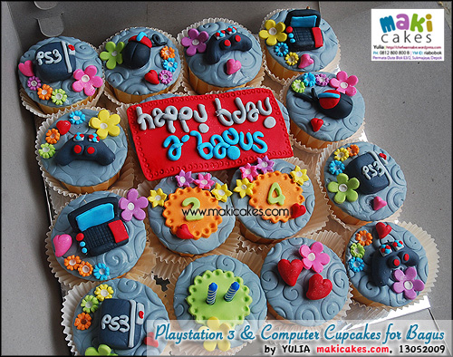 Playstation 3 & Computer Cupcakes for Bagus - Maki Cakes