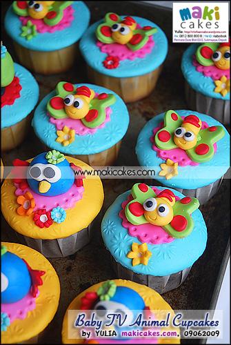 Baby TV Animal Cupcakes_ - Maki Cakes
