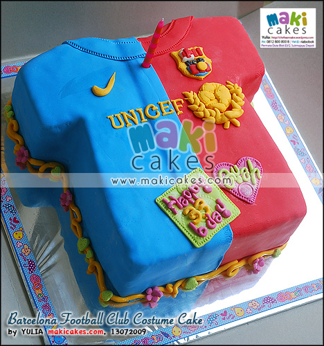 Barcelona Football Club Costume Cake - Maki Cakes