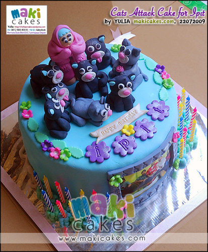 Cats Attack Cake for Ipit - Maki Cakes