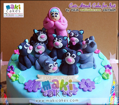 Cats Attack Cake for Ipit_ - Maki Cakes