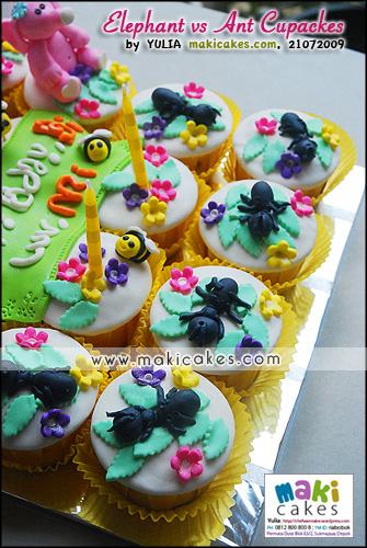 Elephant vs Ant Cupcakes_ - Maki Cakes