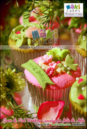 Green & Pink Wedding Cupcakes for Arfie & Julie_ - Maki Cakes