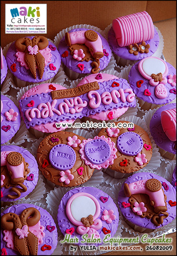 Hair Salon Equipment Cupcakes - Maki Cakes