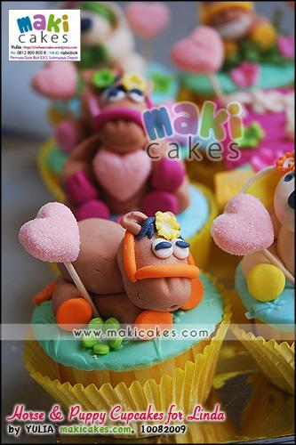 Horse & Puppy Cupcakes for Linda___ - Maki Cakes