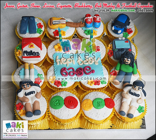 Jeans_ Guitar_ Shoes_ Livina_ Cigarette_ Blackberry_ Bob Marley & Football Cupcakes - Maki Cakes