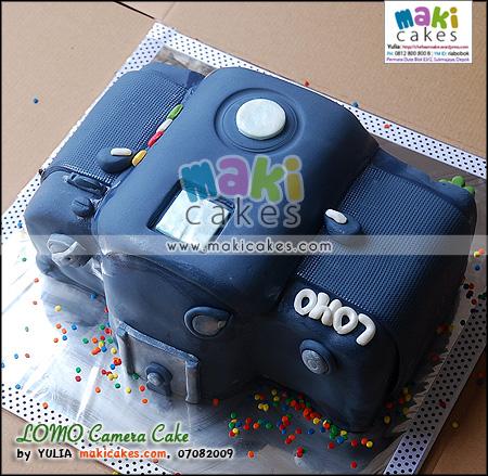 LOMO Camera Cake_ - Maki Cakes