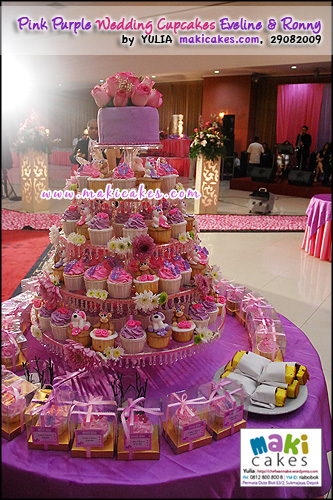 Pink Purple Wedding Cupcakes for Eveline & Ronny_ - Maki Cakes