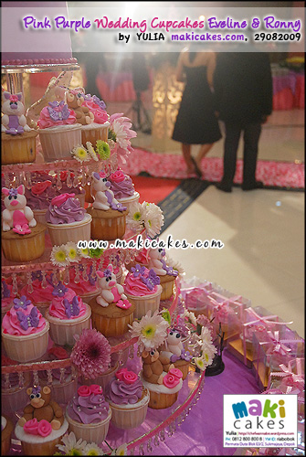 Pink Purple Wedding Cupcakes for Eveline & Ronny_____ - Maki Cakes