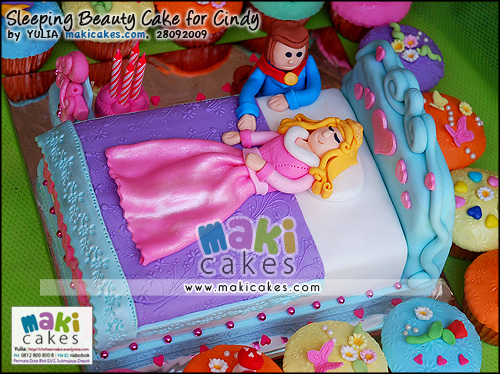 Sleeping Beauty Cake & Cupcakes for Cindy_ - Maki Cakes