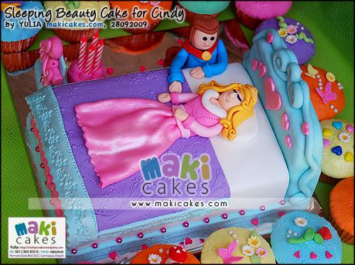 Sleeping Beauty Cake & Cupcakes for Cindy_ - Maki Cakes