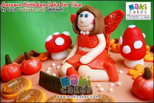 Autumn Birthday Cake for Tika - Maki Cakes