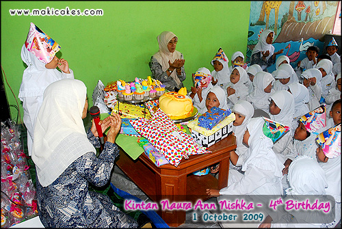 Birthday Kintan 2009 - Praying together
