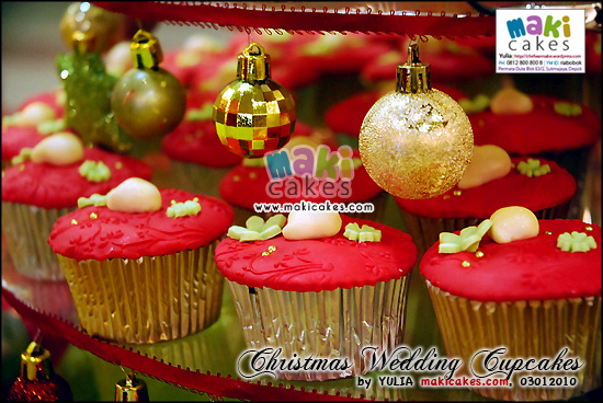 Christmas Wedding time is a time for celebrating with family and friends so