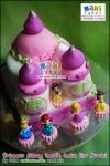 Princess Disney Castle Cake for Arruni